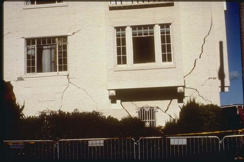 Cracks in a Building at San Francisco
